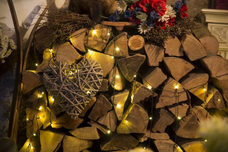 Składowanie drewna kominkowego