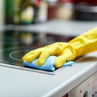 Sprzątanie mieszkania ekologicznymi i skutecznymi środkami
