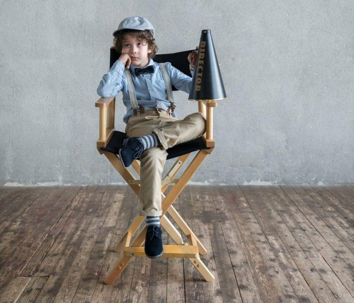 Krzesło reżyserskie – stylowy gadżet we wnętrzu