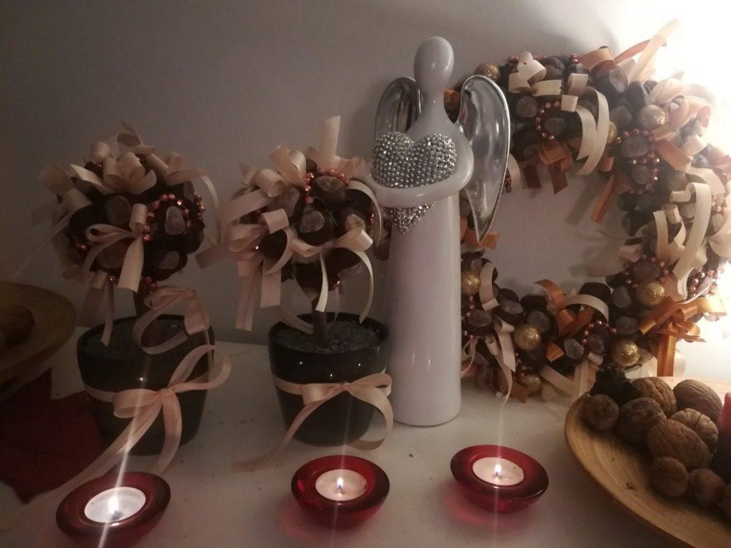 Jesienny wianek z kasztanów