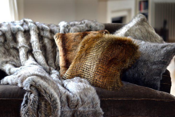 Otaczamy się futrem – od razu cieplej!