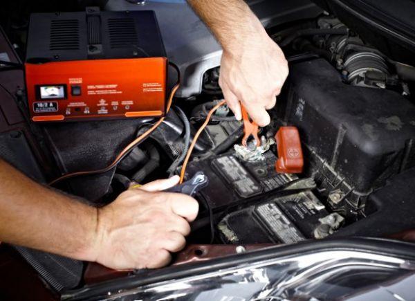 Jak naładować akumulator
