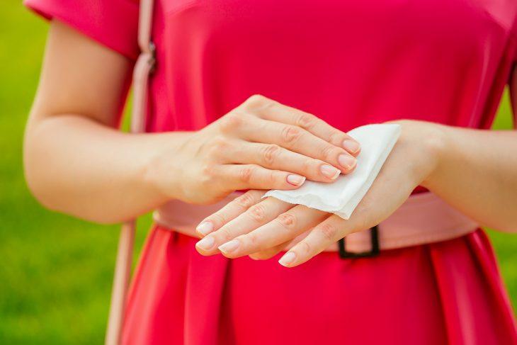 Chusteczki nawilżające i bakteriobójcze zawsze pod ręką