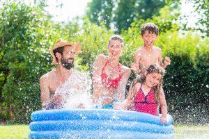 Basen – niezbędny letni gadżet