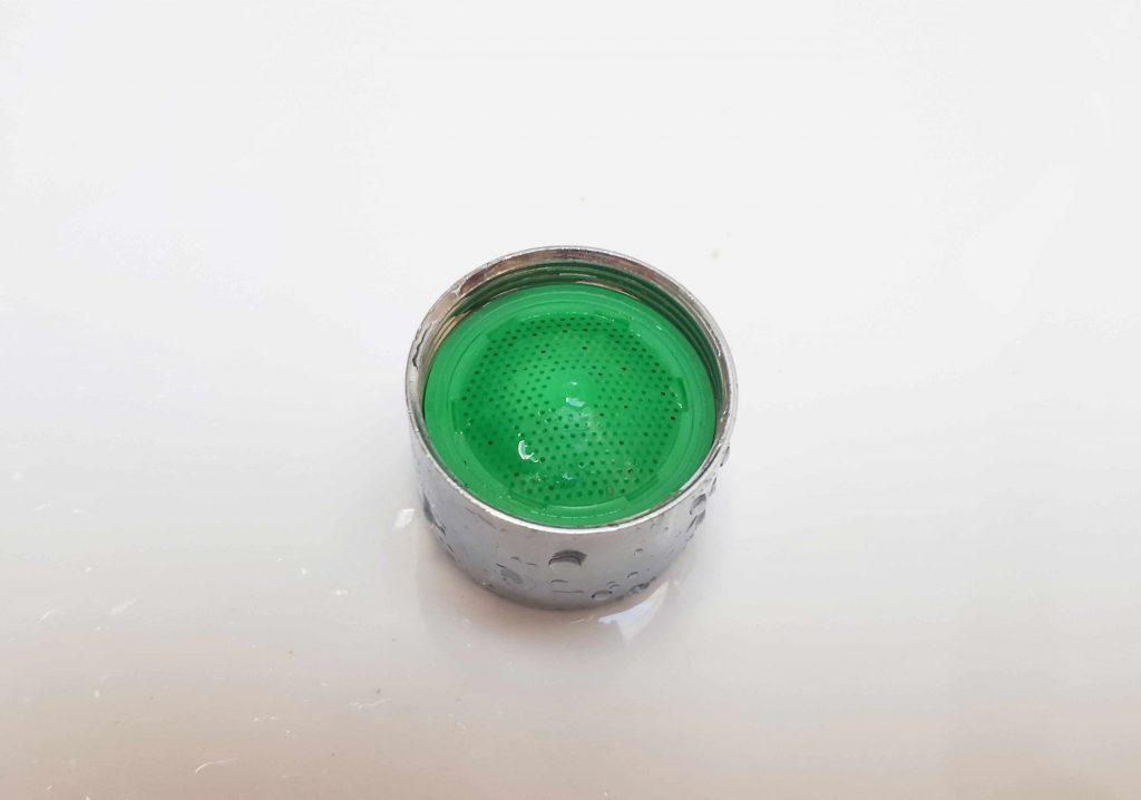 Wymiana perlatora w baterii umywalkowej