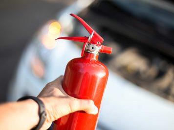 Gaśnica samochodowa – niezbędne wyposażenie