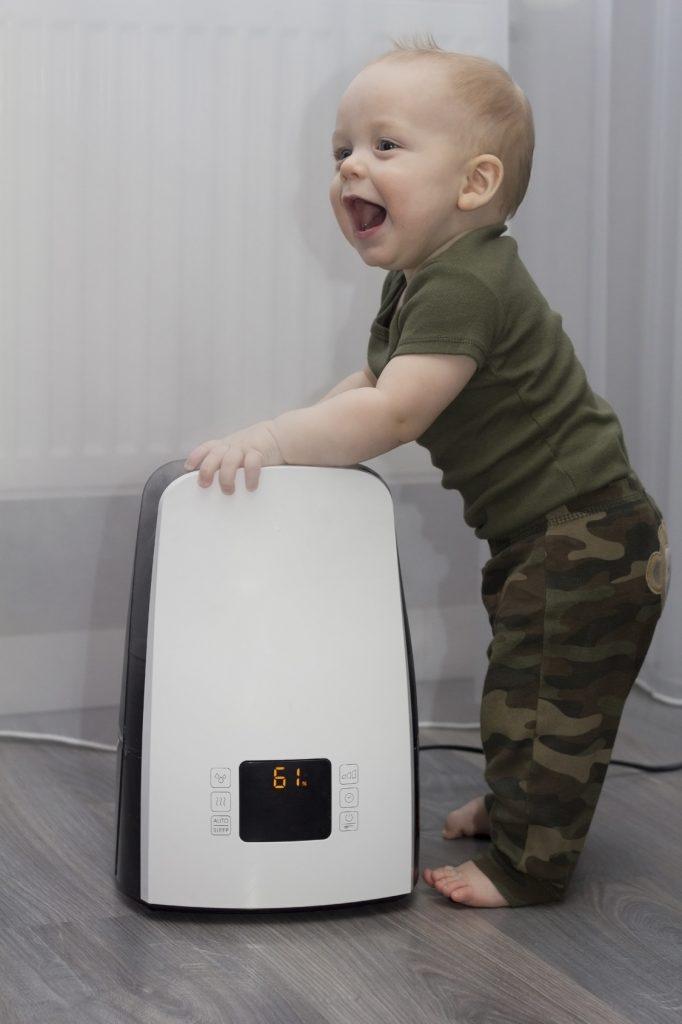 Wilgotność powietrza w pokoju dziecka – jak ją zapewnić