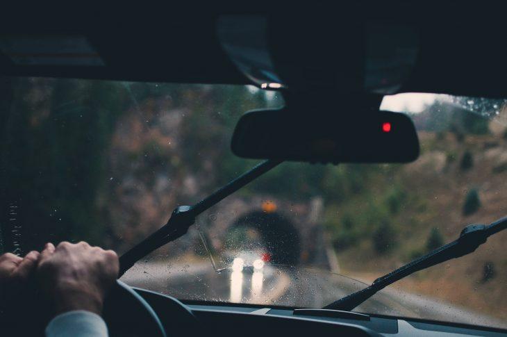 Wycieraczki samochodowe – jakie wybrać