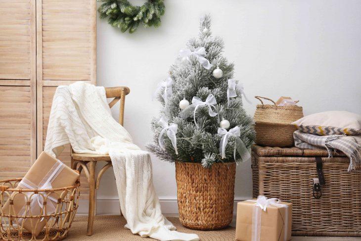 Świąteczne dekoracje zamknięte w prostocie