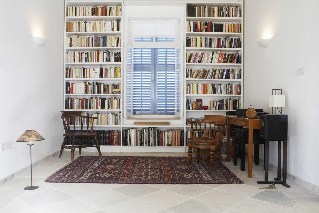 Porządki w czasie kwarantanny – co zrobić ze starymi książkami