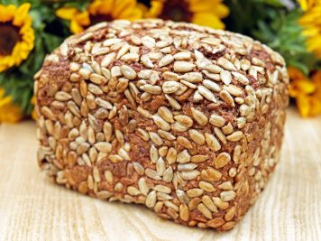 Chleb na zakwasie własnoręcznie upieczony