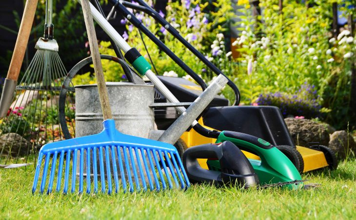 Jak zabezpieczyć narzędzia ogrodnicze przed zimą