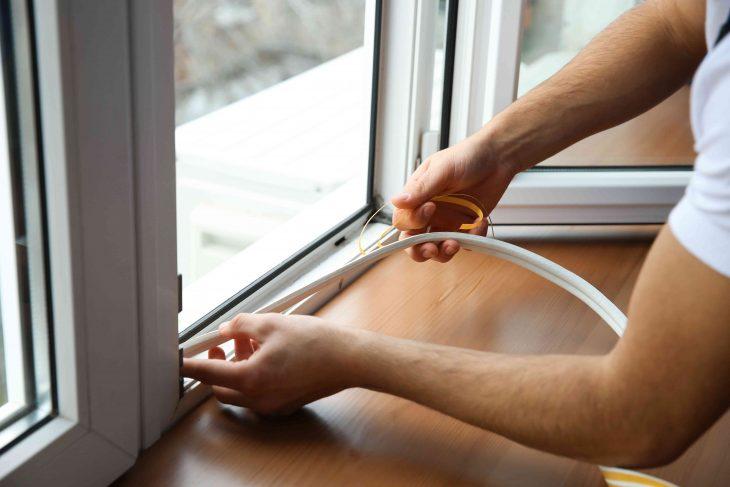 Jak uszczelnić okna – przygotujmy okna do zimy