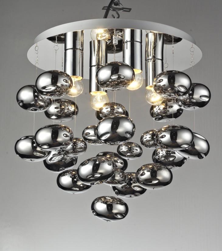 Nowa lampa – salon oświetlony idealnie