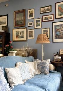 Dekoracja ściany w salonie