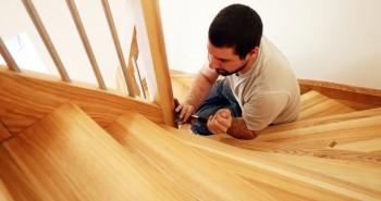 Jak naprawić skrzypiące schody