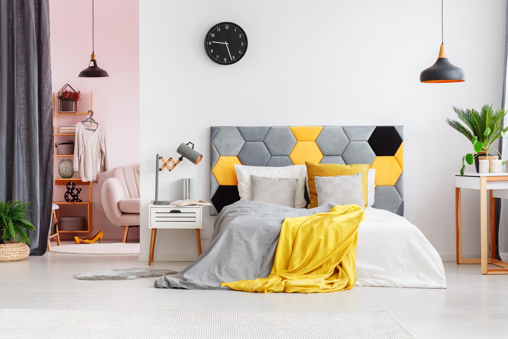 łóżko Z Miękkim Zagłówkiem Dlaczego Warto