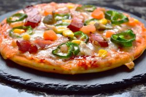 Pizza party – czyli niezbędne akcesoria do przygotowania i serwowania